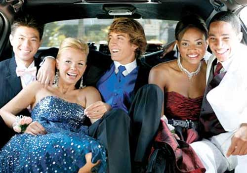 Top 6 Reasons to Choose a Prom Limo Service in Phoenix